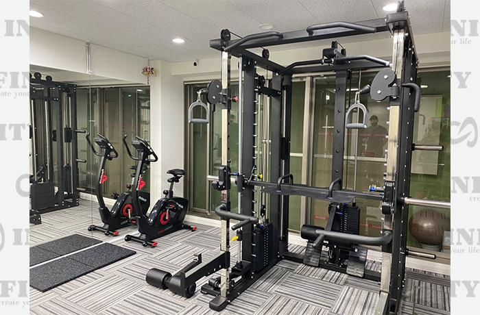 東京都渋谷区のトレーニングジム導入事例1