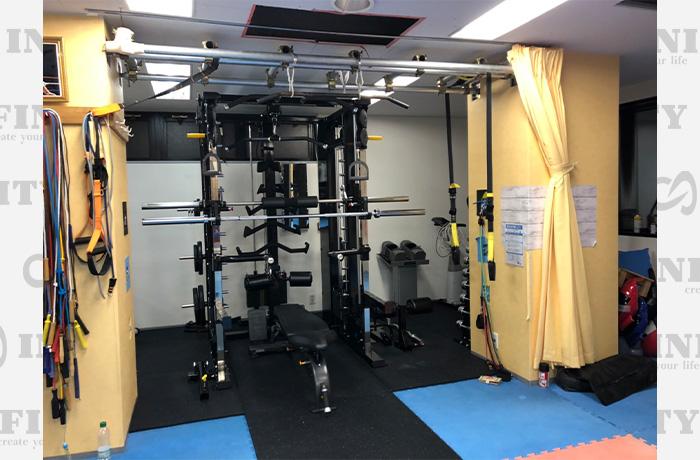 神奈川県横浜市のパーソナルトレーニングジムのマシン導入事例1