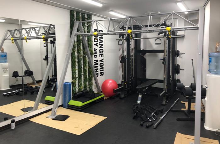 東京都新宿区のパーソナルトレーニングジム導入事例1