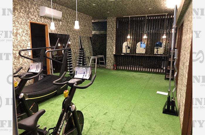 愛知県豊橋市のパーソナルトレーニングジムのマシン導入事例1